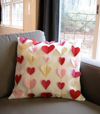 9 DIY Valentine's Decorations