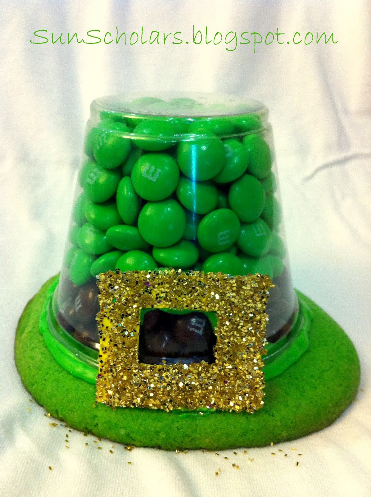 Leprechaun hat treats