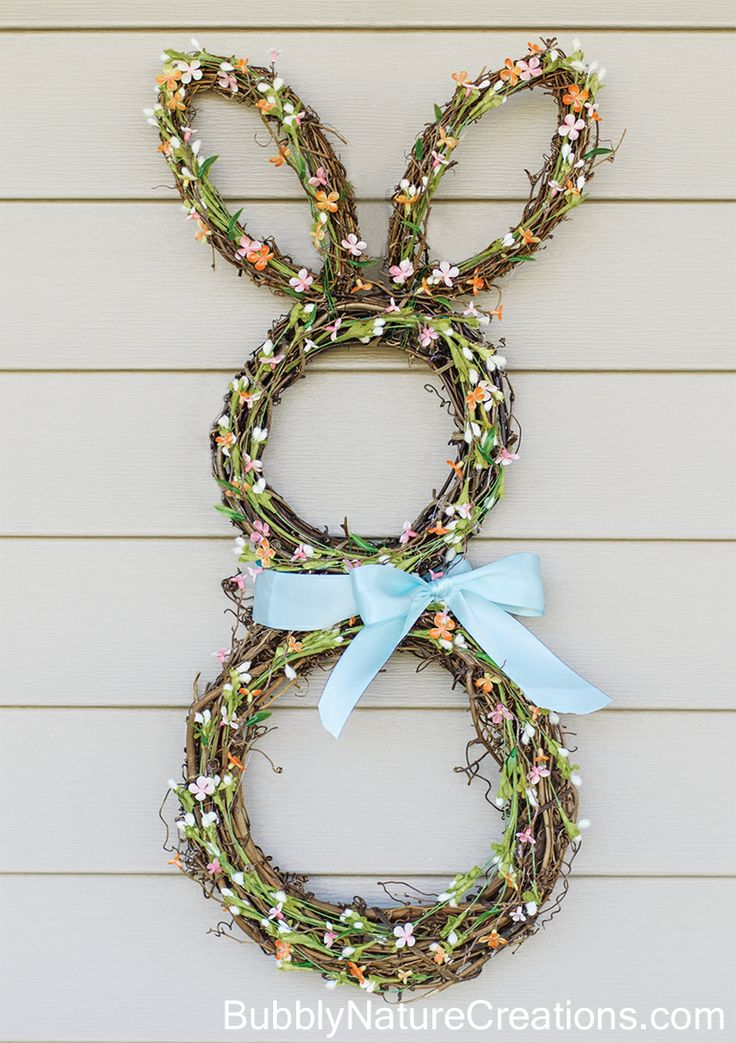 I'm throwing myself into making my own primitive spring crafts for my home. These are all pretty easy to make, you'll just need some of your usual craft supplies! Bunnies are a staple for spring and this bunny wreath is so cute!