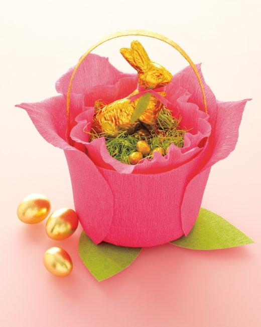 easter-baskets-flower-mld108275_vert