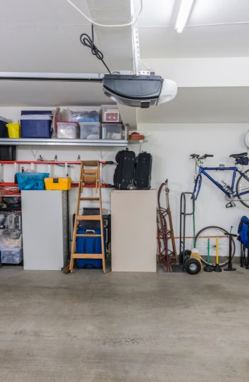 Here are some brilliantly clever garage organization tips! Clean up all the junk in your garage with these unique and creative ideas! Never misplace anything in your garage again with these guide to the perfect storage space. These tips will change your life.