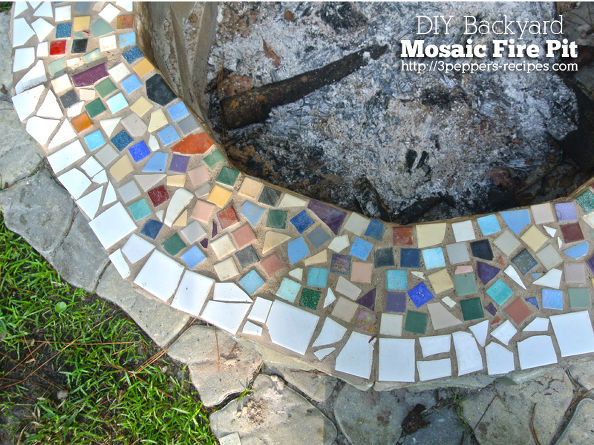 Outdoor fire pit, fire pit ideas, DIY outdoor fire pits, outdoor living, outdoor furniture, popular pin, landscaping ideas, DIY outdoor projects.
