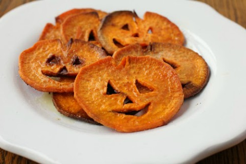 Halloween foods, party foods, Halloween party foods, spooky treats, popular pin, holiday recipes, easy recipes, Halloween recipe ideas.