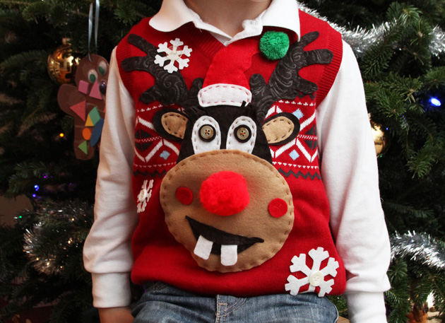 Christmas parties, ugly sweater parties, Christmas party ideas, Christmas, holiday, DIY holiday, popular pin.