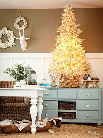 Christmas, Christmas trees, Christmas decor, popular pin, holiday decor, DIY holiday decor, Christmas tree inspiration.