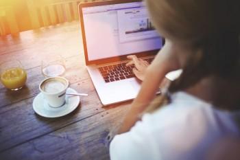 Blogging, blogging tips, blogging hacks, easy blogging tips, popular pin, blogs, making money, make money on the side, easy ways to make money.