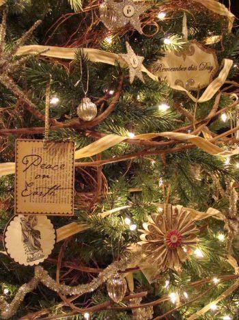 15-vintage-twigs-christmas-tree