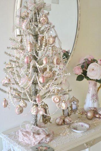 19-pearl-christmas-tree