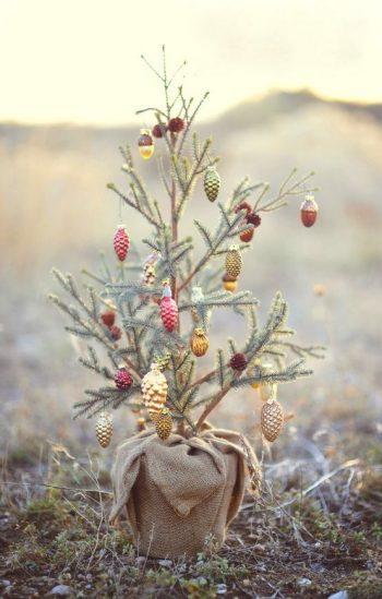 6-vintage-burlap-christmas-tree