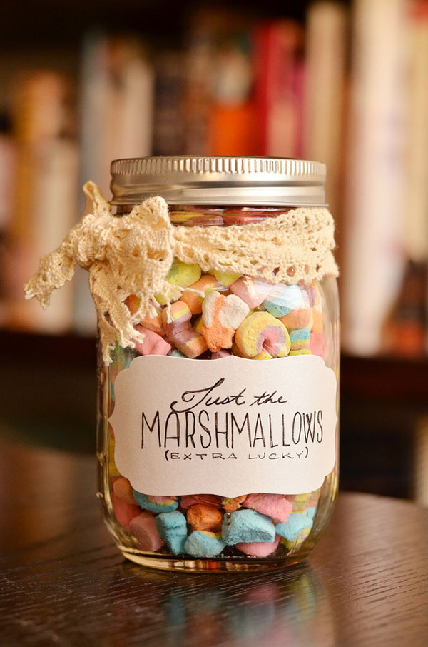 Christmas Gifts, Christmas Gifts in a Jar, Mason Jar Gift Ideas, Homemade Gift Ideas, Handmade Gifts, Popular Pin, Easy Gift Ideas, Simple Homemade Gift Ideas, Simple Christmas Gifts, Easy Christmas Gifts in a Jar, Gifts for Him, Gifts for Her