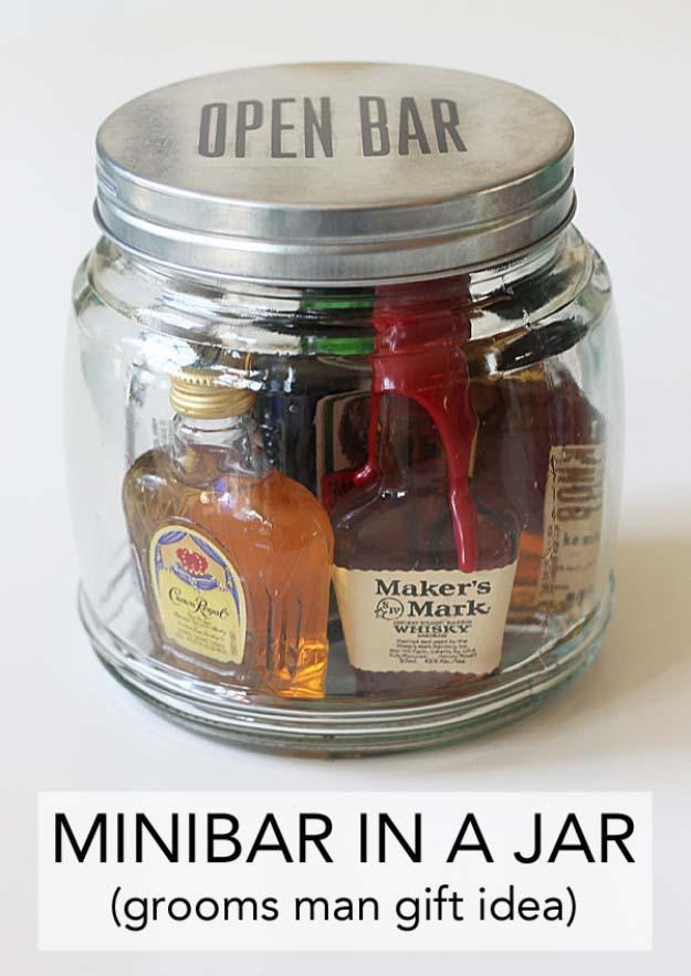 mini-bar-in-a-jar-gift