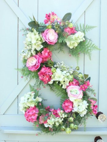 Make-a-Monogram-spring-wreath