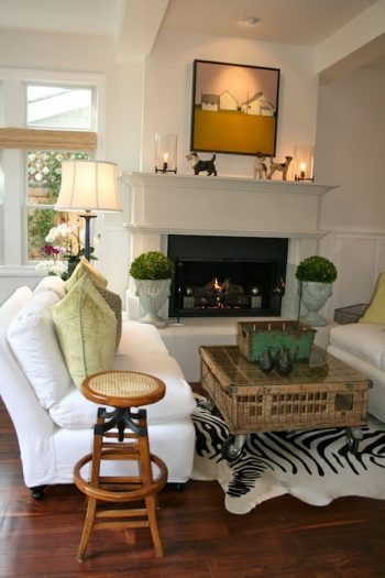 10+ Dramatic Ways to Decorate Above Your Mantle