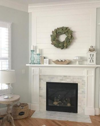 10+ Dramatic Ways to Decorate Above Your Mantle5