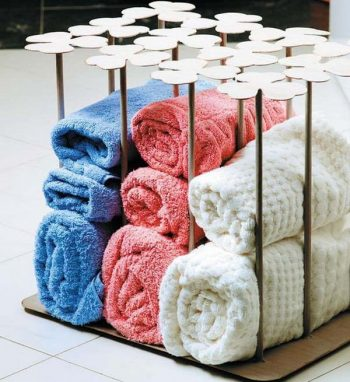 Easy Ways to Store Your Bathroom Towels - Bathroom Towel Storage, Bathroom Storage Tips, Storage Tips for the Bathroom, Bathroom Organization, Bathroom Organization Ideas, Bathroom Organization Tips and Tricks, Cute Ways to Store Bathroom Towels, Popular Pin