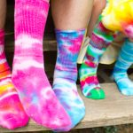 Fun Tie Dye Crafts for Summer - Tie Dye Crafts for Kids, Fun Summer Crafts, Summer Crafts for Kids, How to Tie Dye, Easy Tie Dye Methods for Kids, Easy Activities for Kids, Kid Projects, Popular Pin