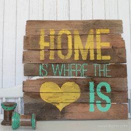 Easy DIY Porch Signs - Porch Signs, DIY Porch Signs, Homemade Porch Signs, DIY Signs for the Home, DIY Home Decor, Home Decor, Porch Signs, Porch Decor, How to Decorate Your Porch, Porch Decor for the Home