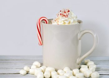 hot chocolate | hot cocoa | hot chocolate bar | hot cocoa bar | hot chocolate toppings | flavors | recipe | hot chocolate recipe