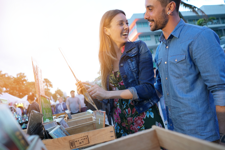 flea market | flea market shopping | shopping | flea market deals | deals | repurpose | bargains | bargain shopping
