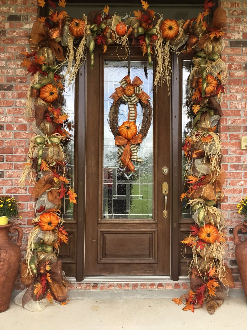 Welcome your guests to your home this fall with these amazing Thanksgiving door garland ideas. Your porch will be the talk of the neighborhood.
