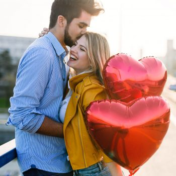 If you're looking for something cute to do on Valentine's Day this year, why not have a Valentine's photoshoot? You will be the cutest couple around.