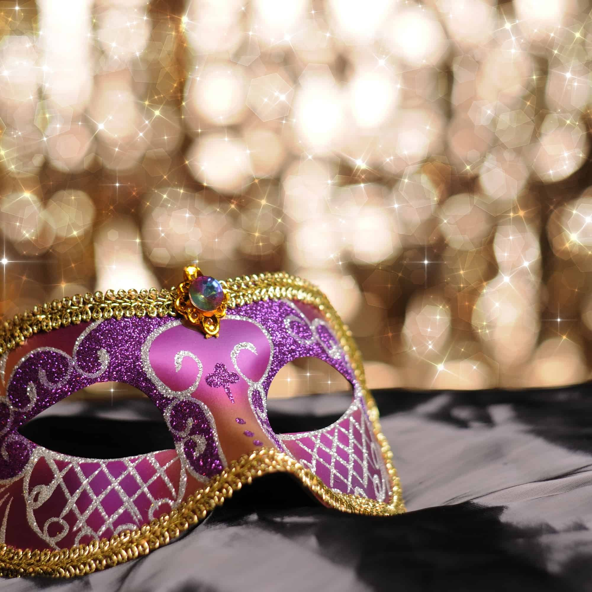 Are you planning your New Years Eve party? Why not throw a masquerade party? Here are the best masquerade party ideas for New Years Eve?