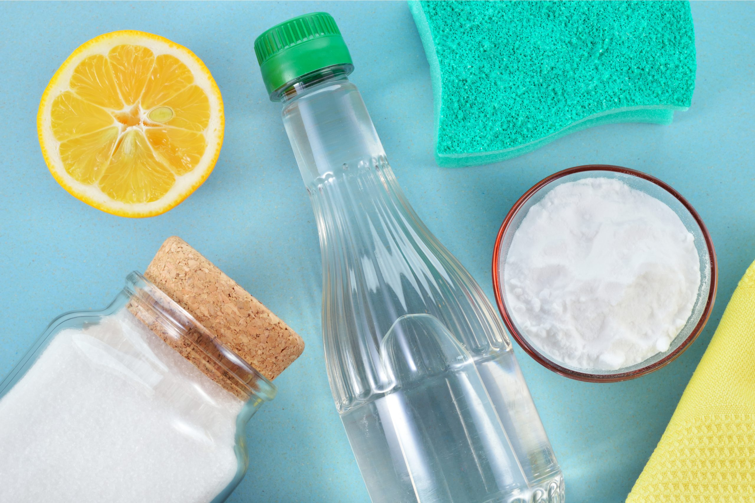 Do you try to use natural cleaning products as much as possible? Do you know that vinegar alone can clean your toilet? Check out all the things you can clean with vinegar.
