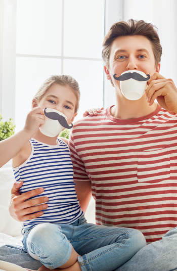Father's Day is just around the corner and you know what that means, it's time to start thinking of great gift ideas for Dad! These Father's Day gift ideas are super easy to make. Dad will just love them! Check them out!