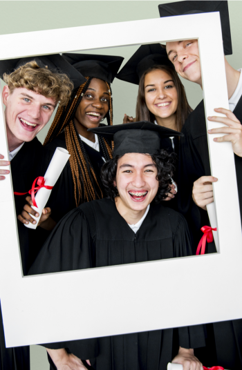 Just because you aren't graduating in person this year doesn't mean you can't still celebrate! Take a photograph to commemorate the occasion with a few of these adorable graduation pictures ideas. Check them out!
