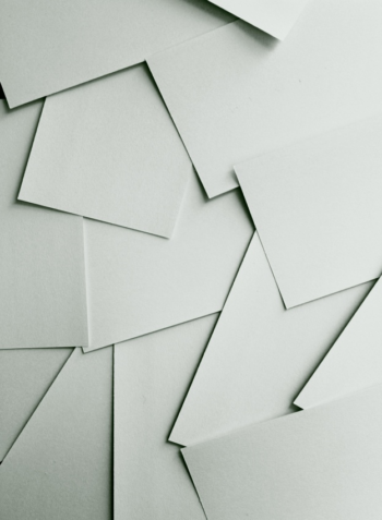 Using corrugated paper to score a shape